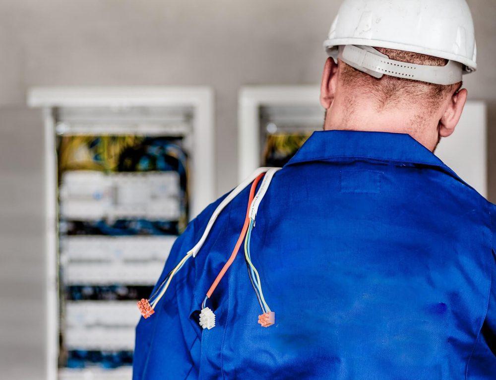 Czym zajmuje się pogotowie elektryczne?